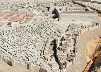 Model of Jerusalem in the late Second Temple period (circa 66 CE), showing Herod's renovations to the temple mount (top right). The Israel Museum, Jerusalem.